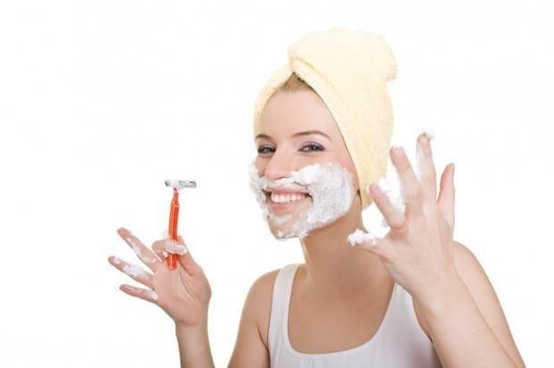 Women and facial shaving