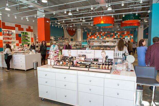 Energizing colors and a carefully-considered layout invite customers into the brand new space of The Cosmetic Market at Avalon. (Image courtesy of CatMax Photography)