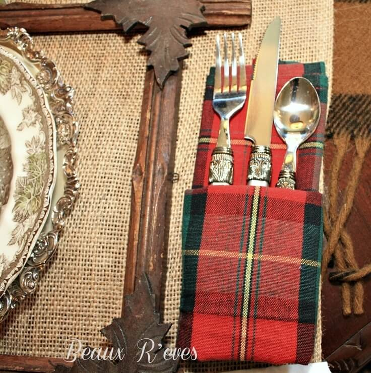 Plaid Napkins- prefect for your Thanksgiving table setting
