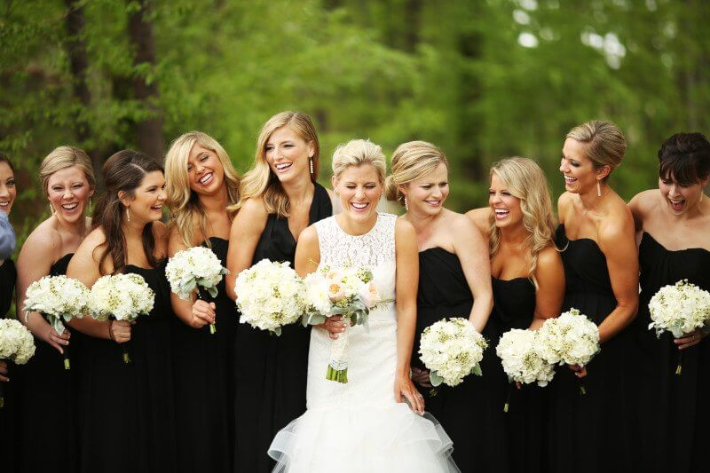 Cute picture of the bride and her best girlfriends!
