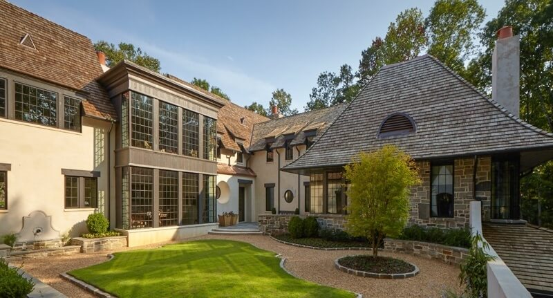 Christopher Architecture and Interiors home in Indian Springs, AL