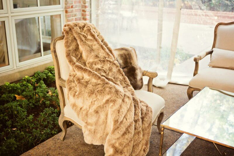 Arm chairs and throws gave guests a warm retreat from the crisp November air.