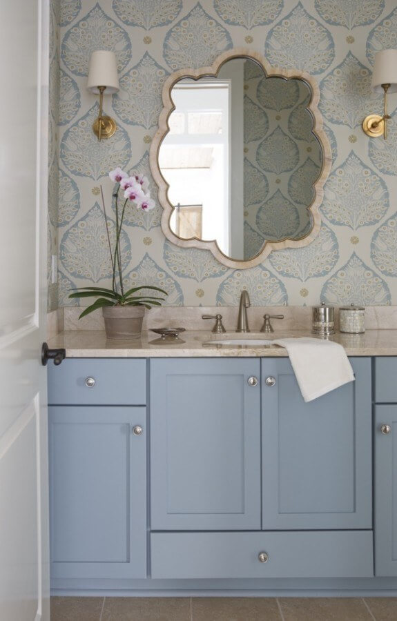 Perfect for a bathroom on the coast, Galbraith and Paul's lotus design makes a bold statement as the wallpaper.
