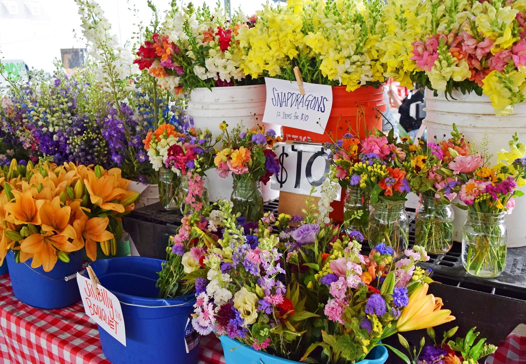 Find your favorite Whitton Farms flower arrangement, starting at $10, at the Memphis Farmers Market.