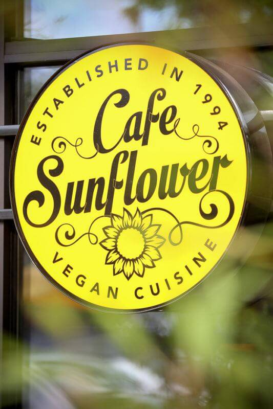 SB-Atl-FACES-CatMax_Photography_Jenny_Sun_Cafe_Sunflower-7633