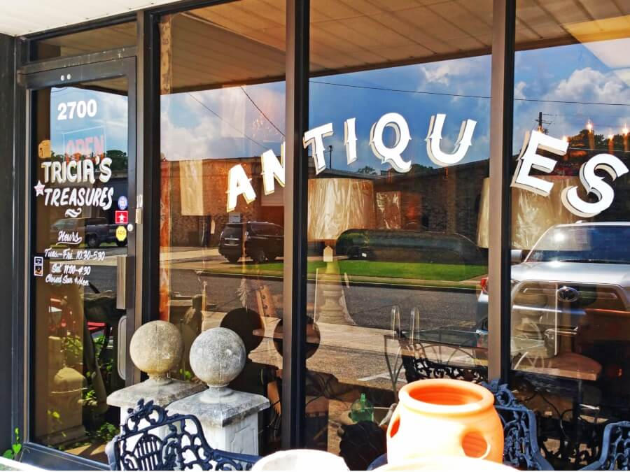 Tricia's Treasures is located in Homewood.