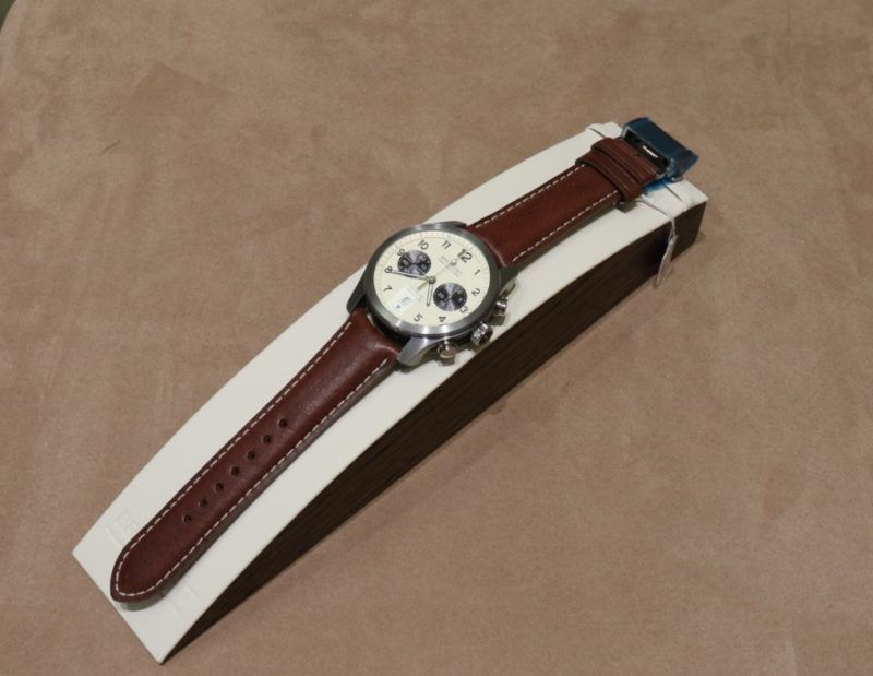 Add sophistication and polish to any ensemble with this Mednikow watch.