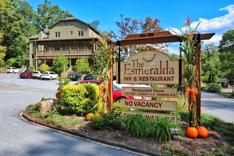 The Esmeralda Inn & Restaurant