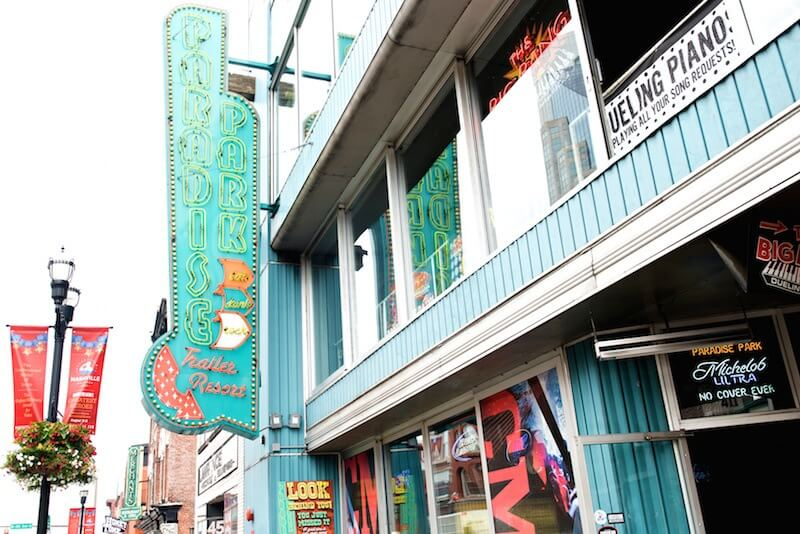 Honky Tonk Heaven: StyleBlueprint's Guide to Nashville's Broadway District