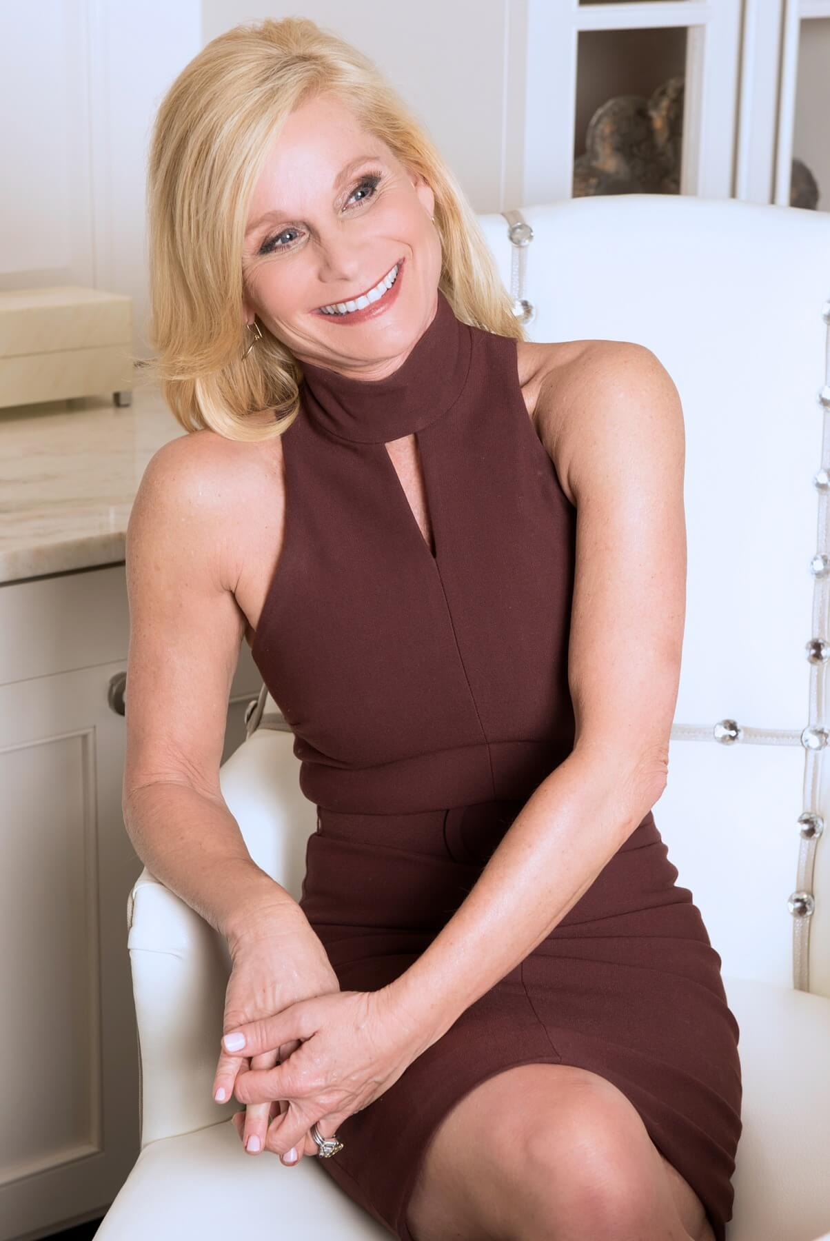 Welcome Janet Ayers as today's FACE of Nashville!