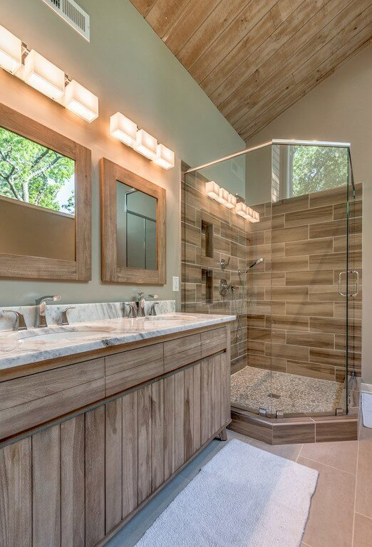 The recently renovated upstairs master bath offers a rustic luxury we swoon over!