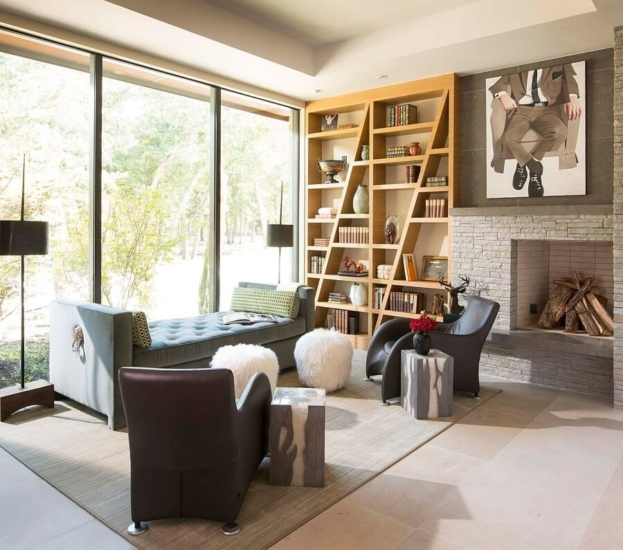 """""""This sitting room is in the home of my very first design client 16 years ago,"""" says Denise. """"It's a perfect example of a 'Denise look': collected, artisanal and personalized. http://www.piassick.com/"""
