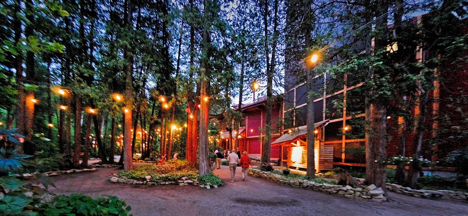 "The ""outdoor lobby"" of the Peninsula Players Theatre is absolutely enchanting. Image: Boyd Fellows"