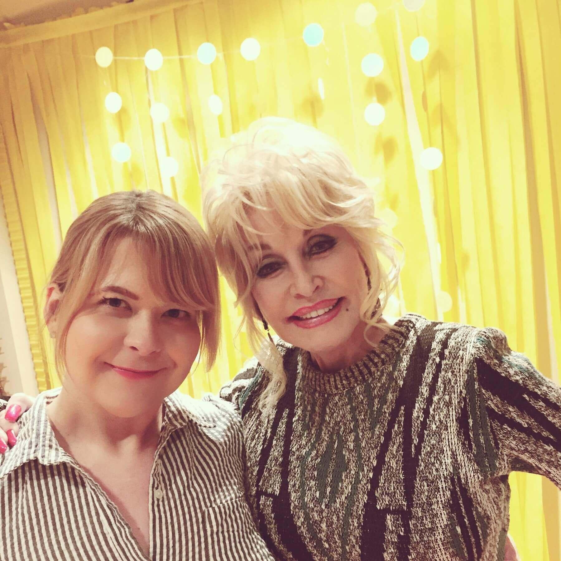 Dolly Parton & Dara Carson