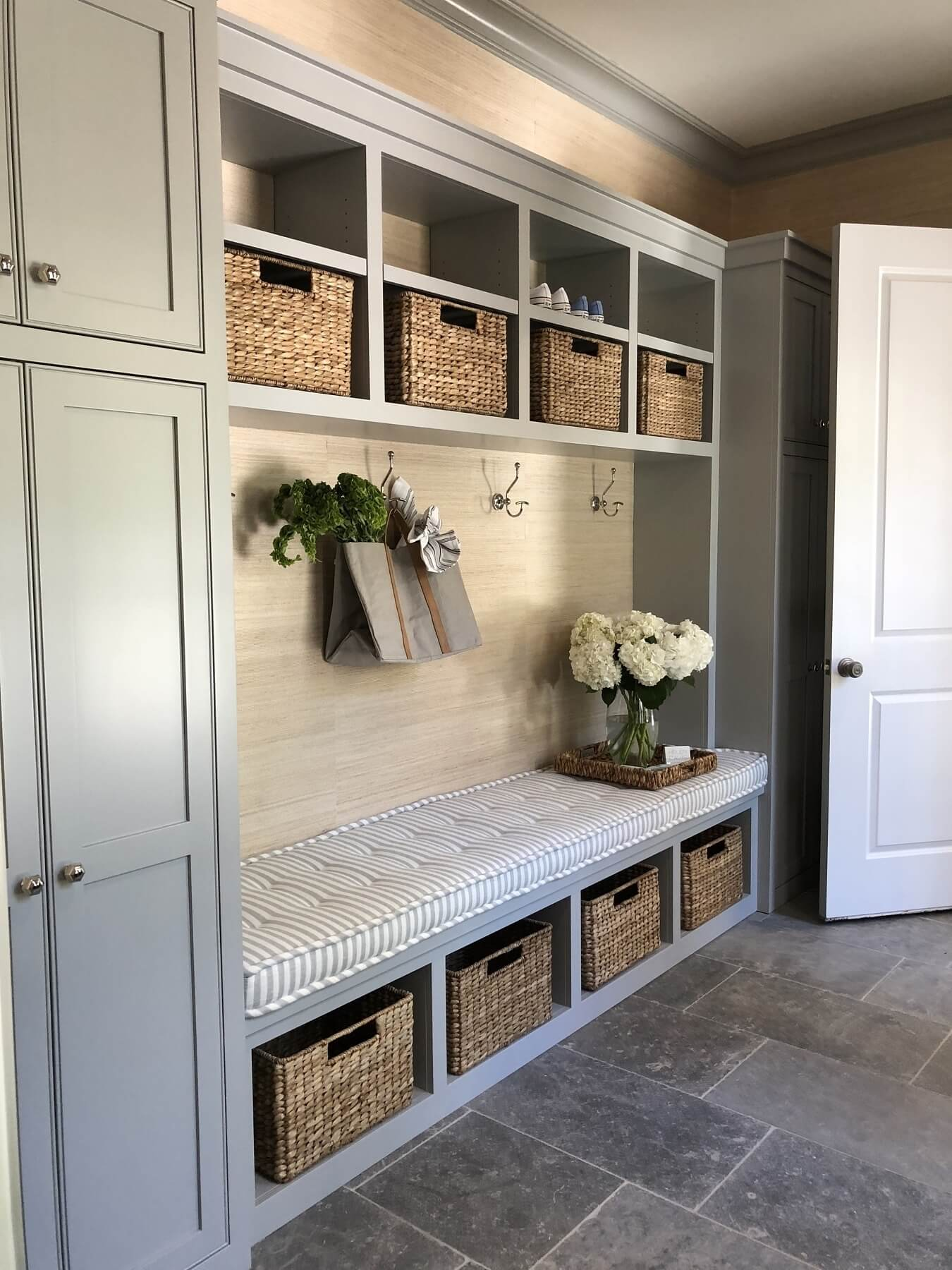 This mudroom is the epitome of organized!