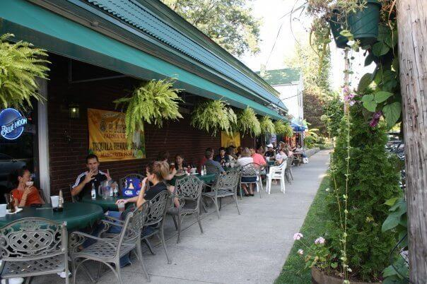 6 of Our Favorite Dive Bars for a Great Night Out in Louisville