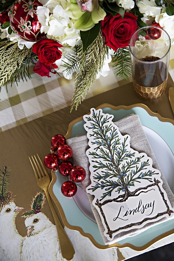 3 Amazing Holiday Centerpieces and Tablescapes