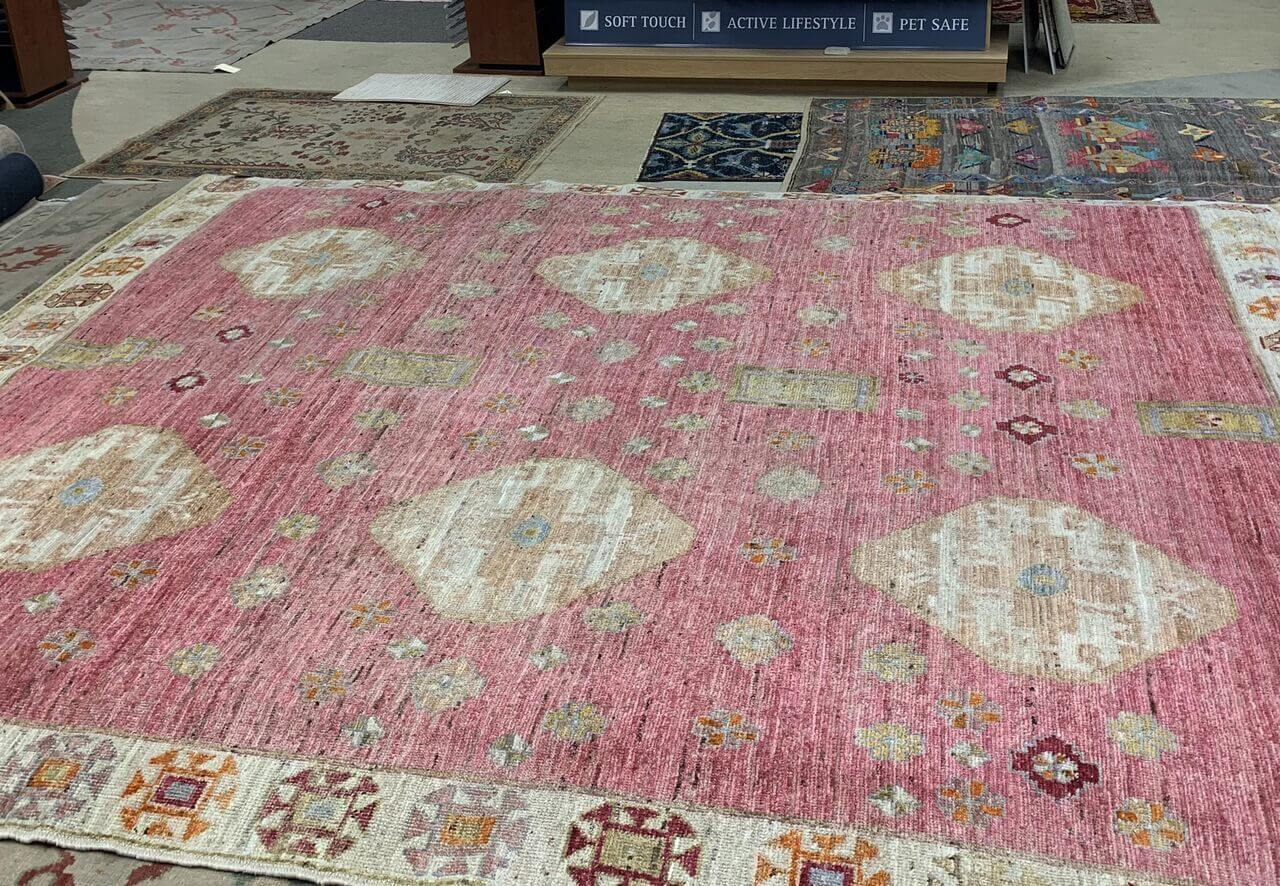 Luxe Loves- Area rug at Kiser's Floor Fashions