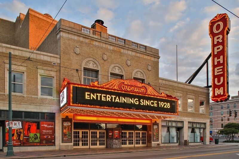 historic southern theaters