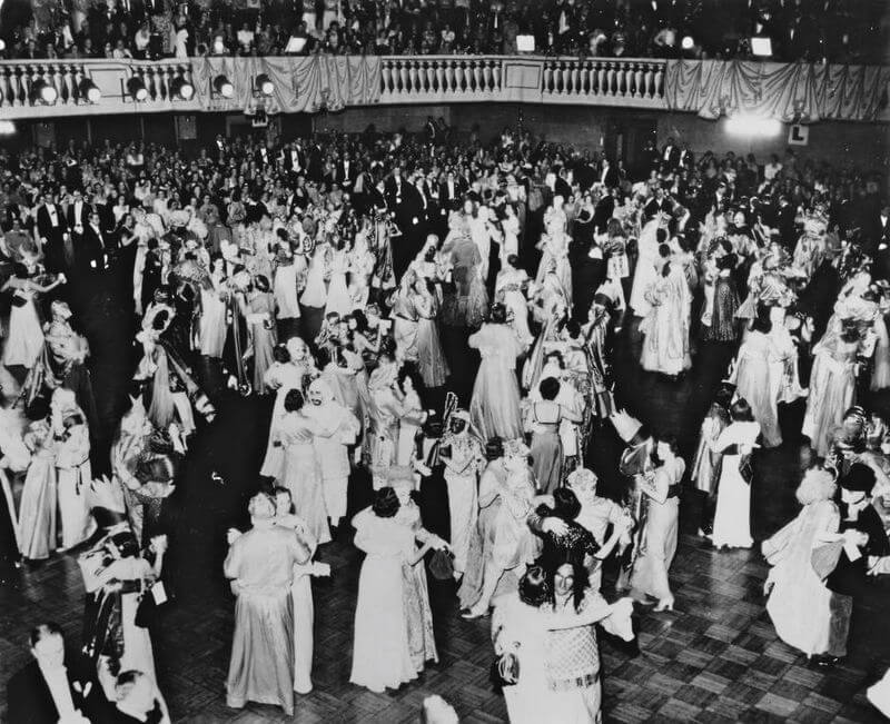 costumed debutante ball in New Orleans