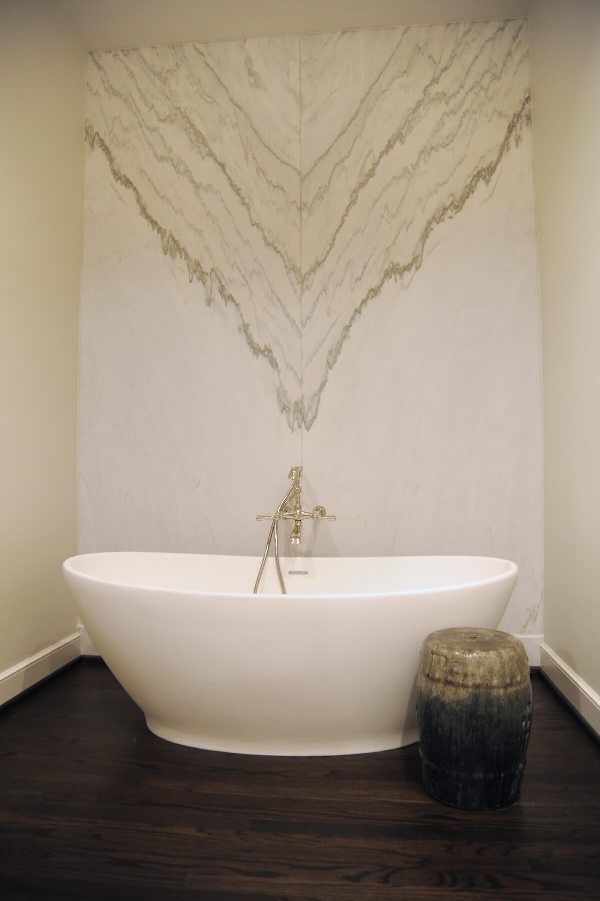 inspiring bathroom marble wall and tub
