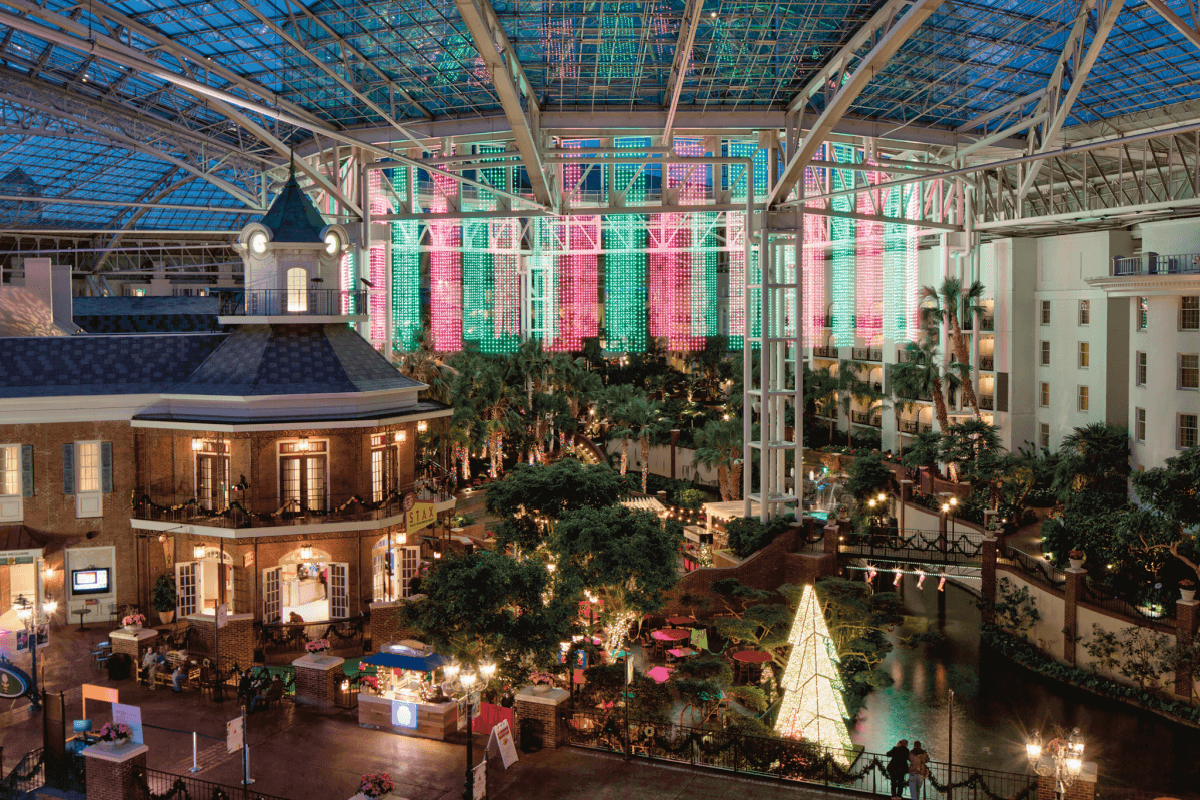 A Country Christmas at Gaylord Opryland Resort, a Nashville event in December 2020