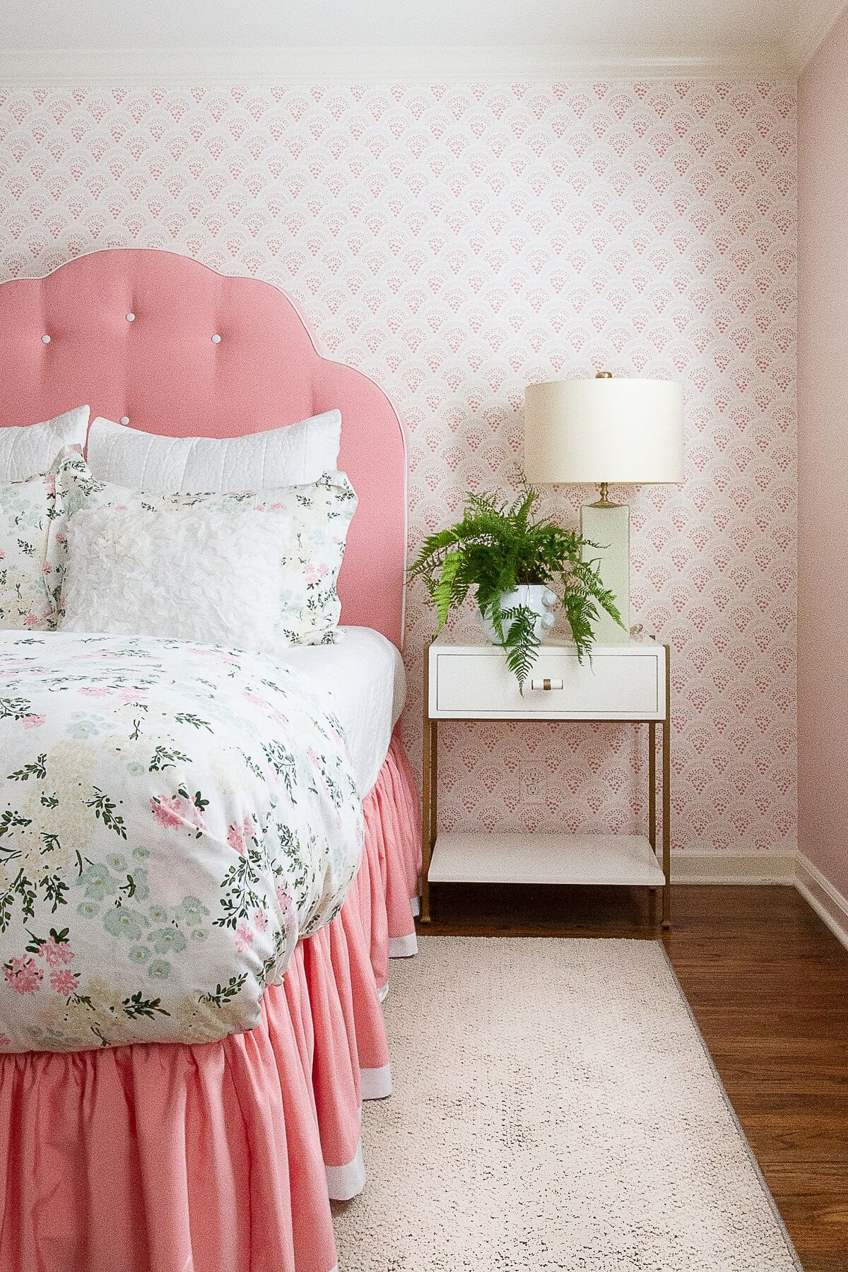 Jessica Jennings 2020 design trend - pink headboard on bed
