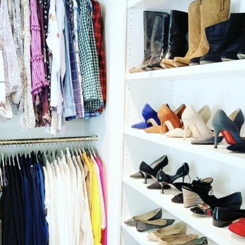 Get organized in your closet for 2020-closet of clothes and shoes