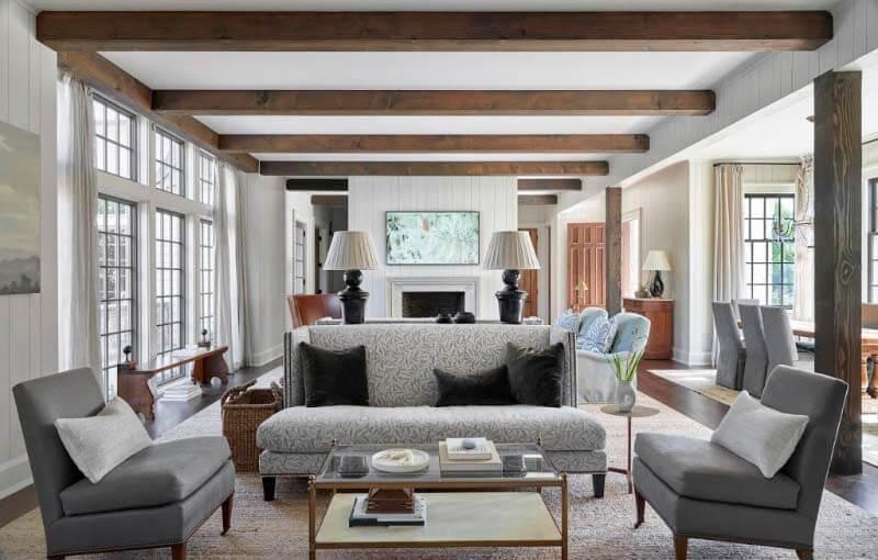 Interior Pfeffer Torode living room with back-to-back sofas