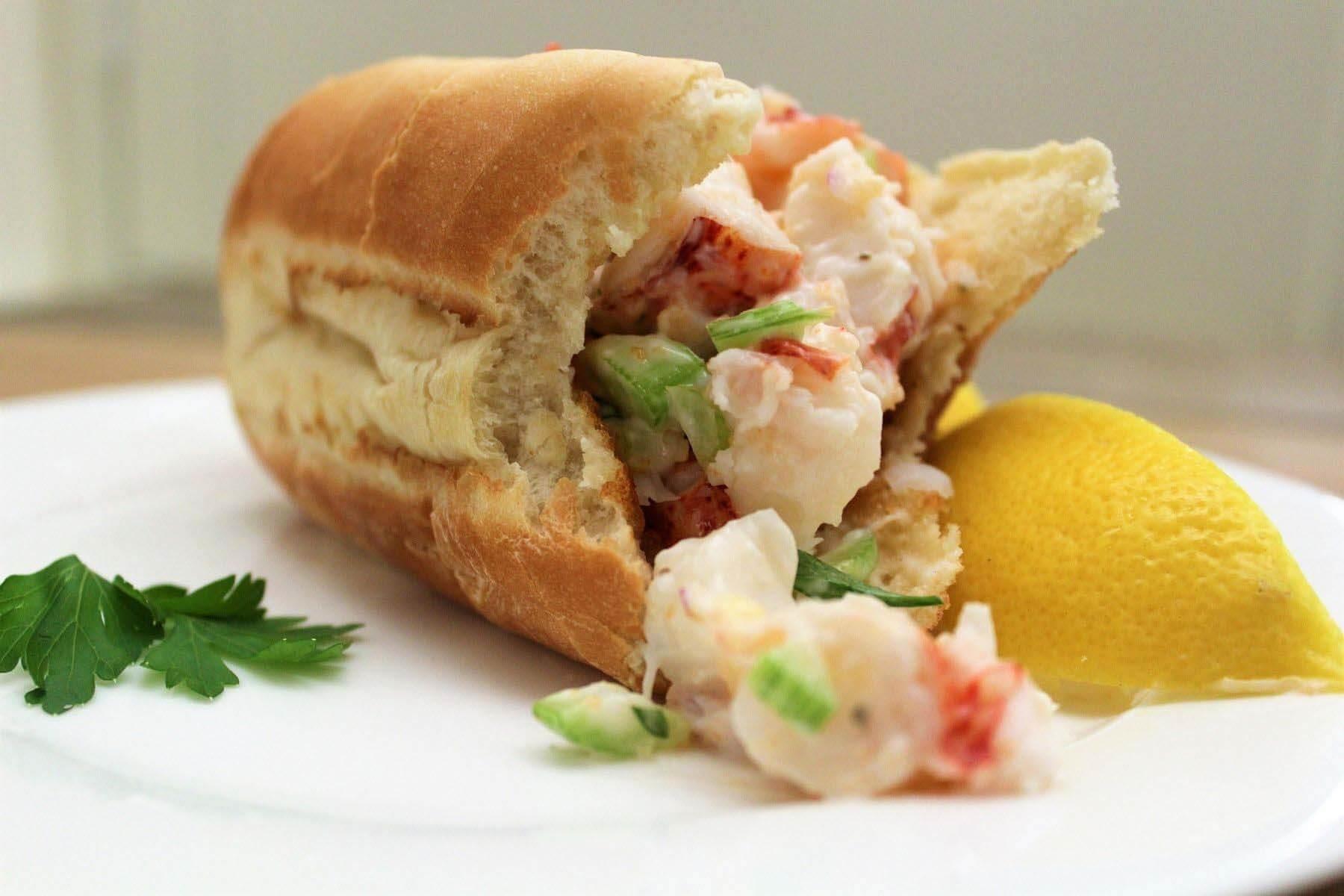 A delicious lobster roll recipe