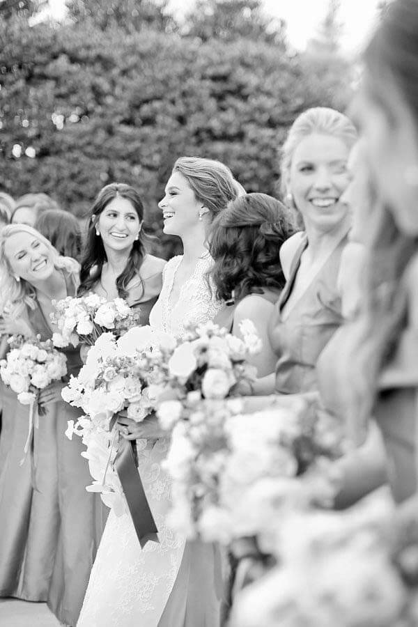 Molly and the bridesmaids at her winter wonderland wedding | Photographer: Kristyn Hogan