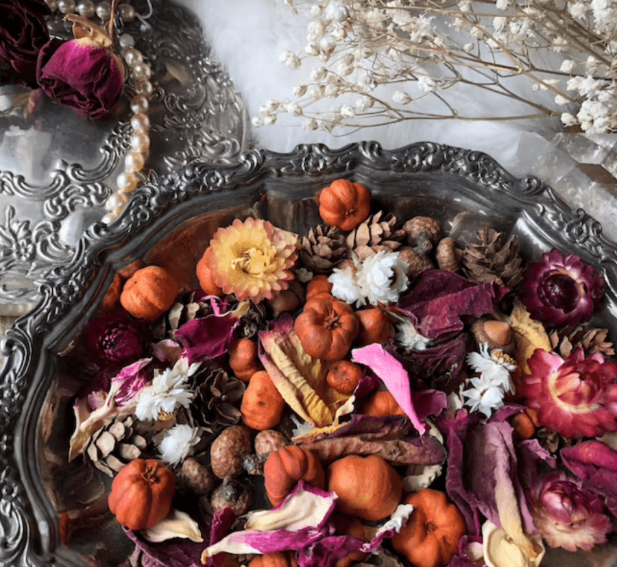 potpourri from Of Moth and Moon