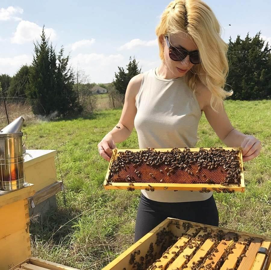 Erika Thompson Texas Beeworks