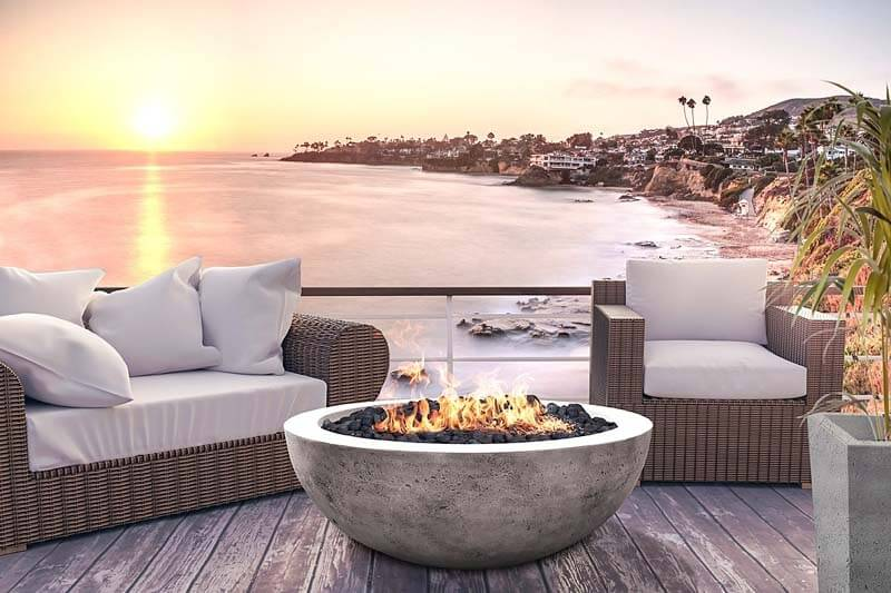 8 STUNNING Outdoor Fire Pits For Cooler Weather