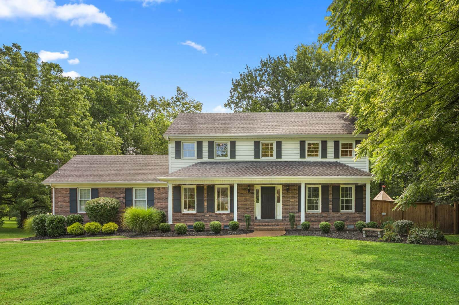 Middle Tennessee neighborhood Brentwood has homes at a variety of price points.