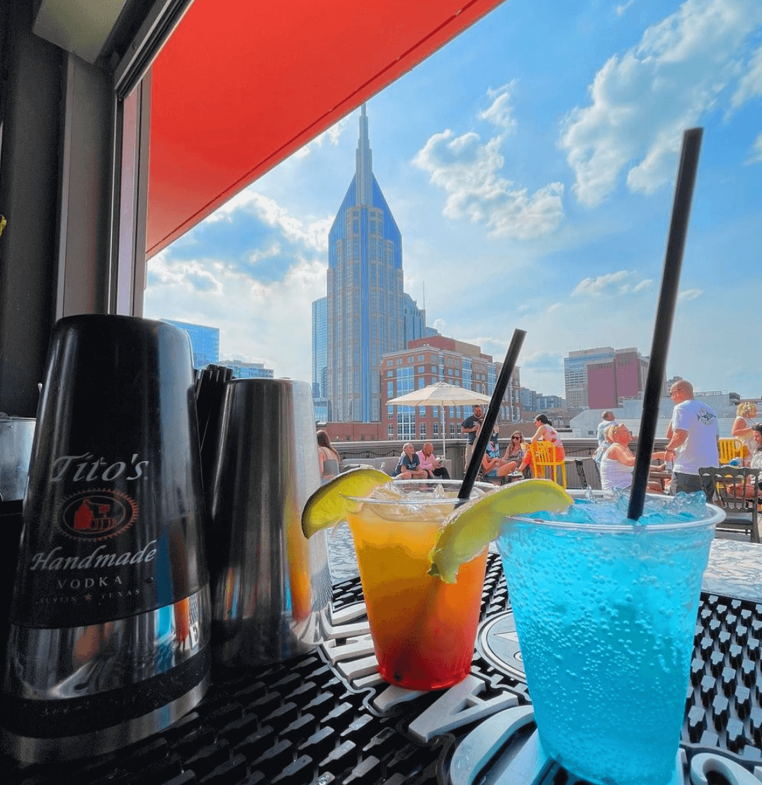 Cocktails from Nashville Underground, one of the best rooftop bars on Broadway