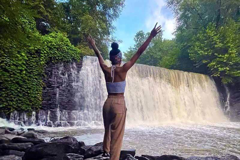 5 Waterfalls on the Outskirts of Your Favorite Southern Cities