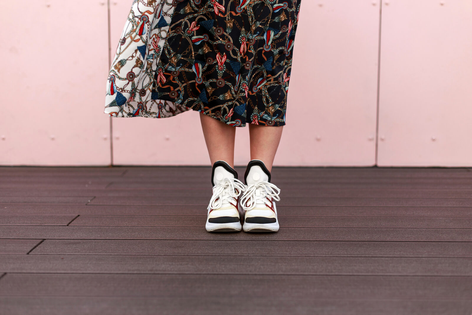 How to Wear Sneakers and Look Fashionable, Not Frumpy